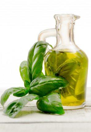 Comprar Aceite condimentado de albahaca La Chinata.